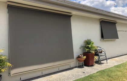 outdoor sun blinds in pelican waters